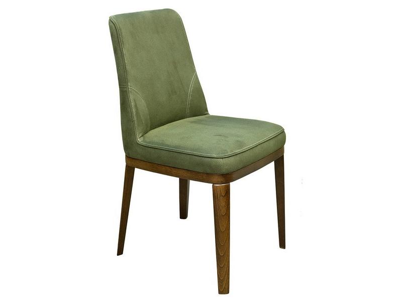 дуба, Деревянные столы и стулья